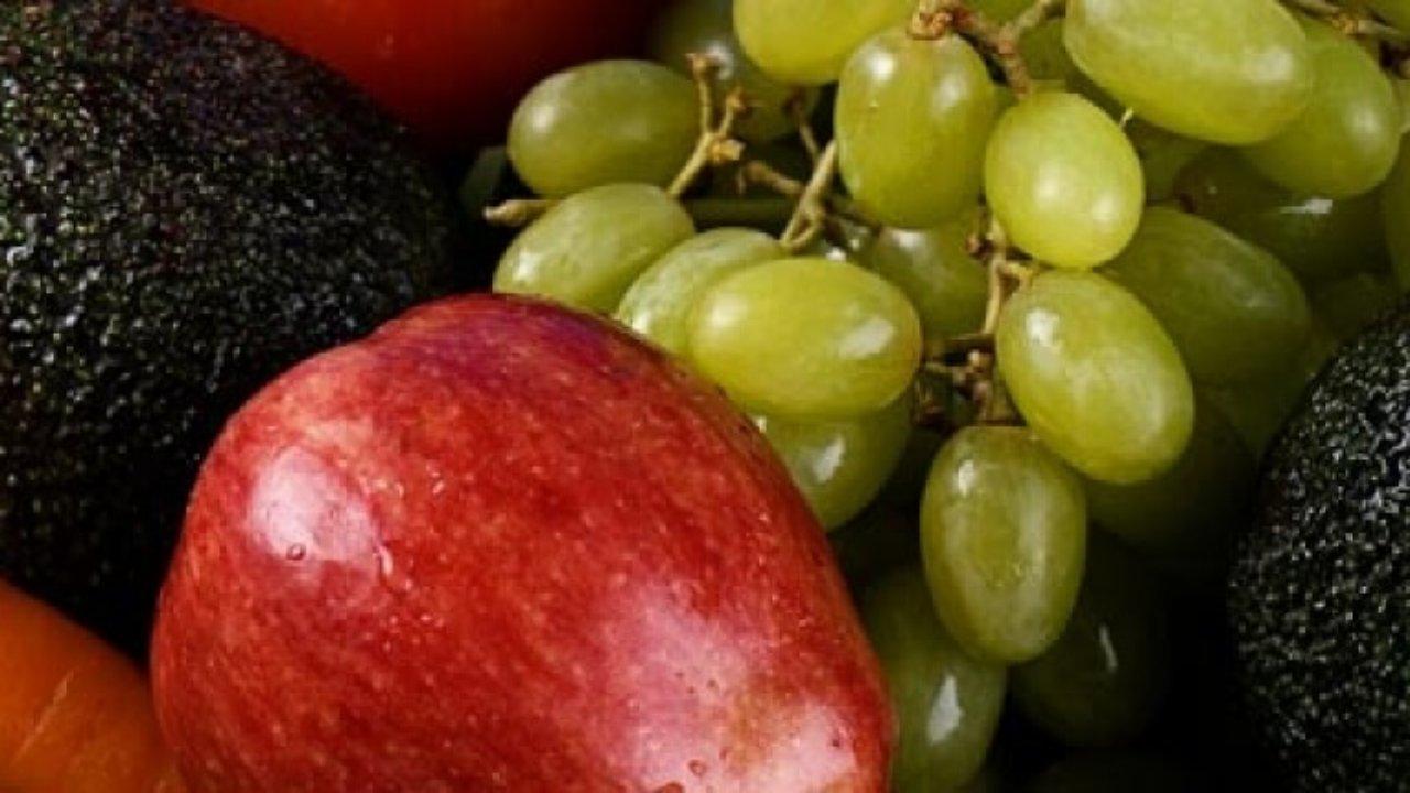 Agua De Uva Passa Para Emagrecer 7 sucos saudáveis que ajudam a emagrecer  biomarket